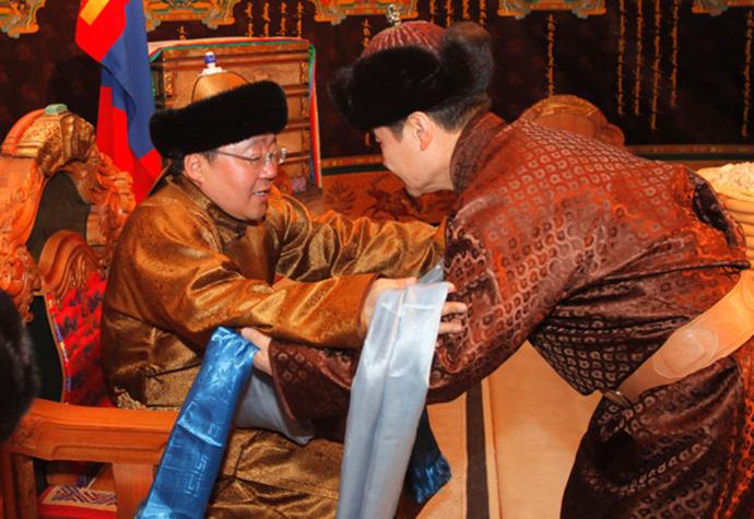 powitania w Mongolii